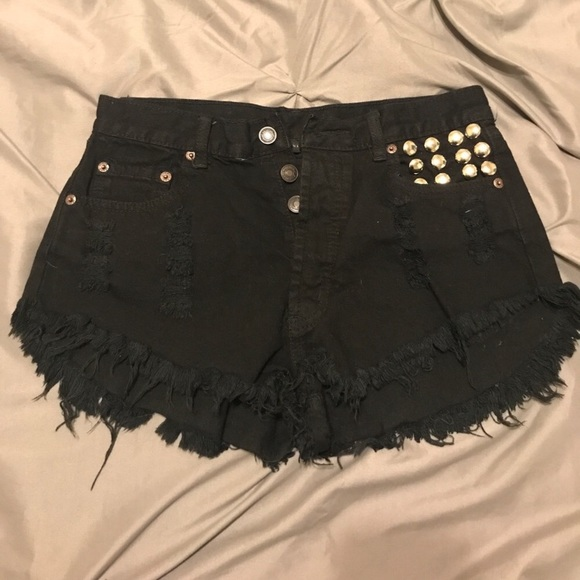 14051473f1 Black denim high waisted distressed shorts